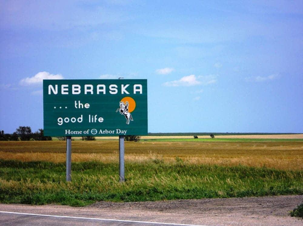vé máy bay đi nebraska giá rẻ