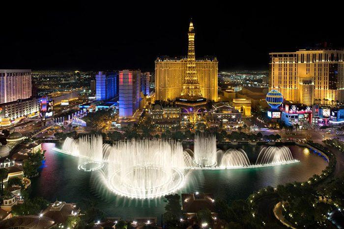 Những thú ăn chơi khi mua vé máy bay đi Las Vegas , Mỹ
